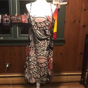 EUC Ann Taylor Floral Dress